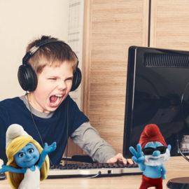 """L'origine du mot """"Smurf"""" dans le monde du gaming."""